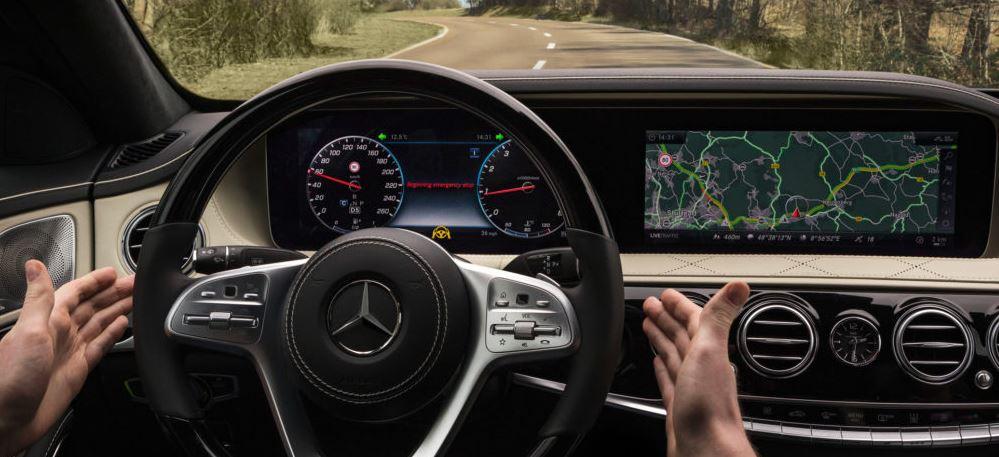 Αυτοκίνητο: Τα συστήματα ημι- αυτόνομης οδήγησης κάνουν τους οδηγούς απρόσεκτους
