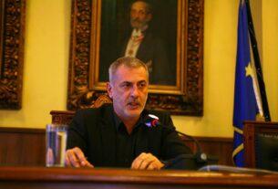 Δήμος Πειραιά: Ψήφισμα για τη διέλευση φορτηγών οχημάτων του Ο.Λ.Π στον Πειραιά