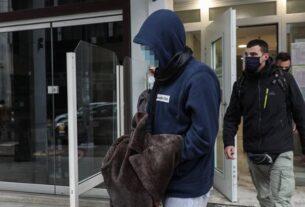 Δολοφονία στις Σπέτσες: «Το παιδί έγινε λεία στα χέρια του δράστη»