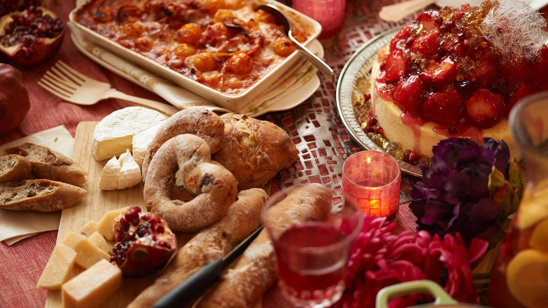 ΚΟΔΕΠ: Γεύματα αγάπης σε αστέγους από τον δήμο Πειραιά