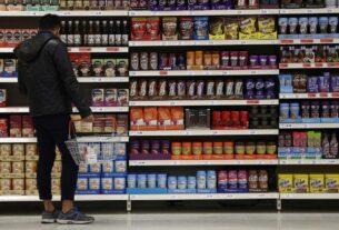 Κυριακή 20/12: Ανοιχτά τα σούπερ μάρκετ και τα καταστήματα με click away