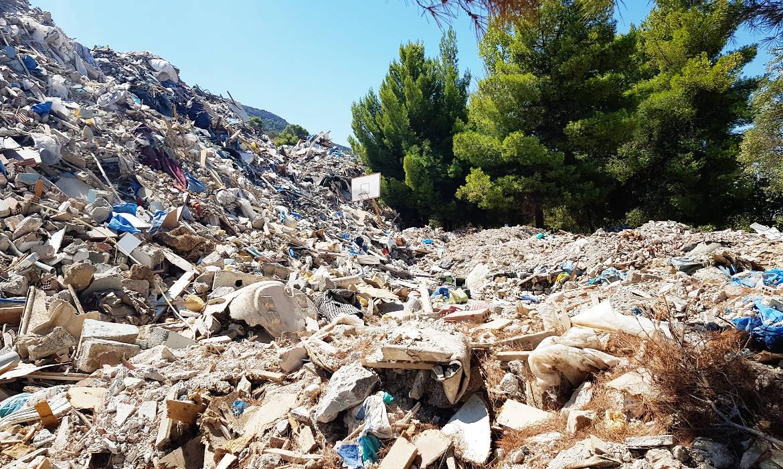 """ΜΕΡΑ25: """"Για τους ολιγάρχες, οι γειτονιές της Β' Πειραιά αξίζουν μόνο για τα σκουπίδια του κ. Μώραλη"""""""