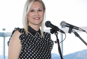 """Βασιλική Θεοδωρακοπούλου-Μπόγρη: """"Ο υποθαλάσσιος αγωγός της Αίγινας είναι έργο πνοής για την Αττική"""""""