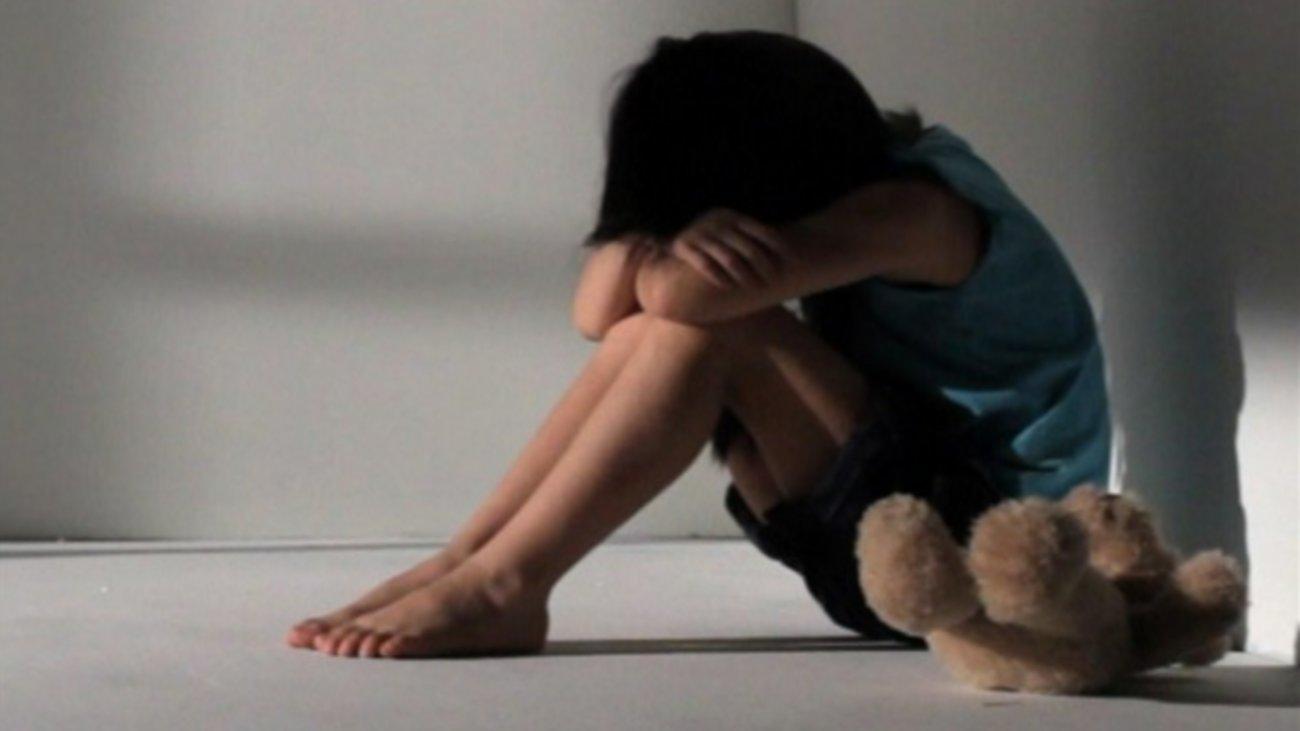 ΣΟΚ στο Πέραμα: Αλβανός βίαζε επί τέσσερα χρόνια τη 10χρονη κόρη της συντρόφου του!