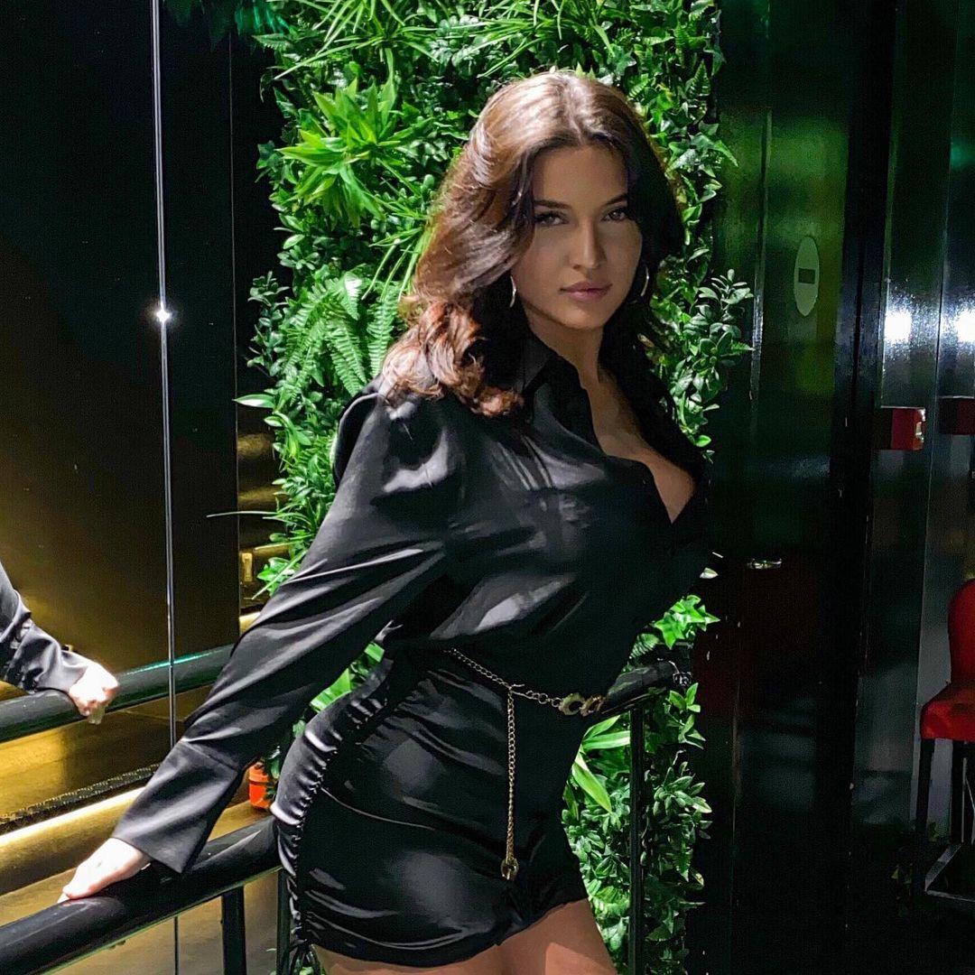 ΣΑΛΟΣ! Ελληνίδα καλλονή παραβίασε το lockdown για ποδοσφαιριστή της Μάντσεστερ Σίτι!