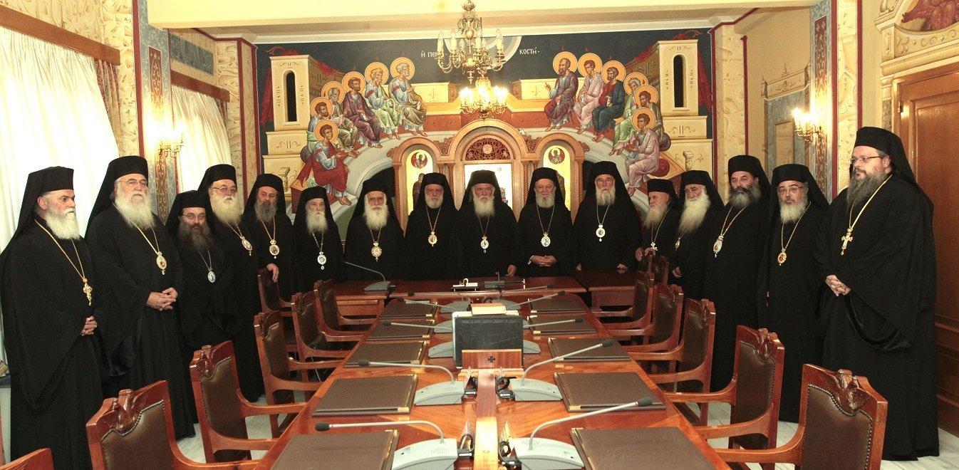 Ιερά Σύνοδος: «Θα ανοίξουμε τους ναούς και θα πληρώσουμε τα πρόστιμα»