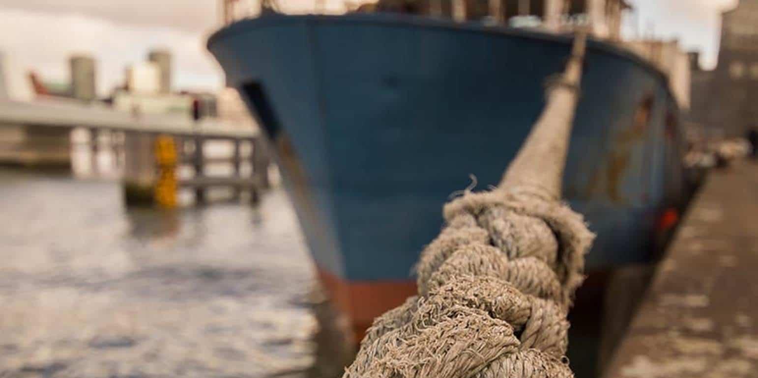 Χωρίς πλοία και αύριο - Νέα 24ωρη απεργία με προοπτική κλιμάκωσης, αποφάσισαν τα 13 ναυτεργατικά σωματεία