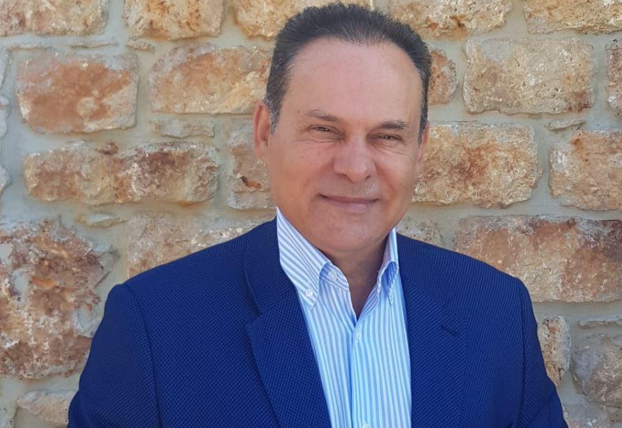 """Νίκος Μανωλάκος: """"Άμεση ανάγκη στελέχωσης του Κτηματολογικού Γραφείου Πειραιά"""""""