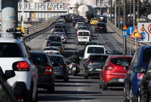 Απαγόρευση κυκλοφορίας: Νέες βεβαιώσεις κίνησης των εργαζομένων έως τις 9 Απριλίου
