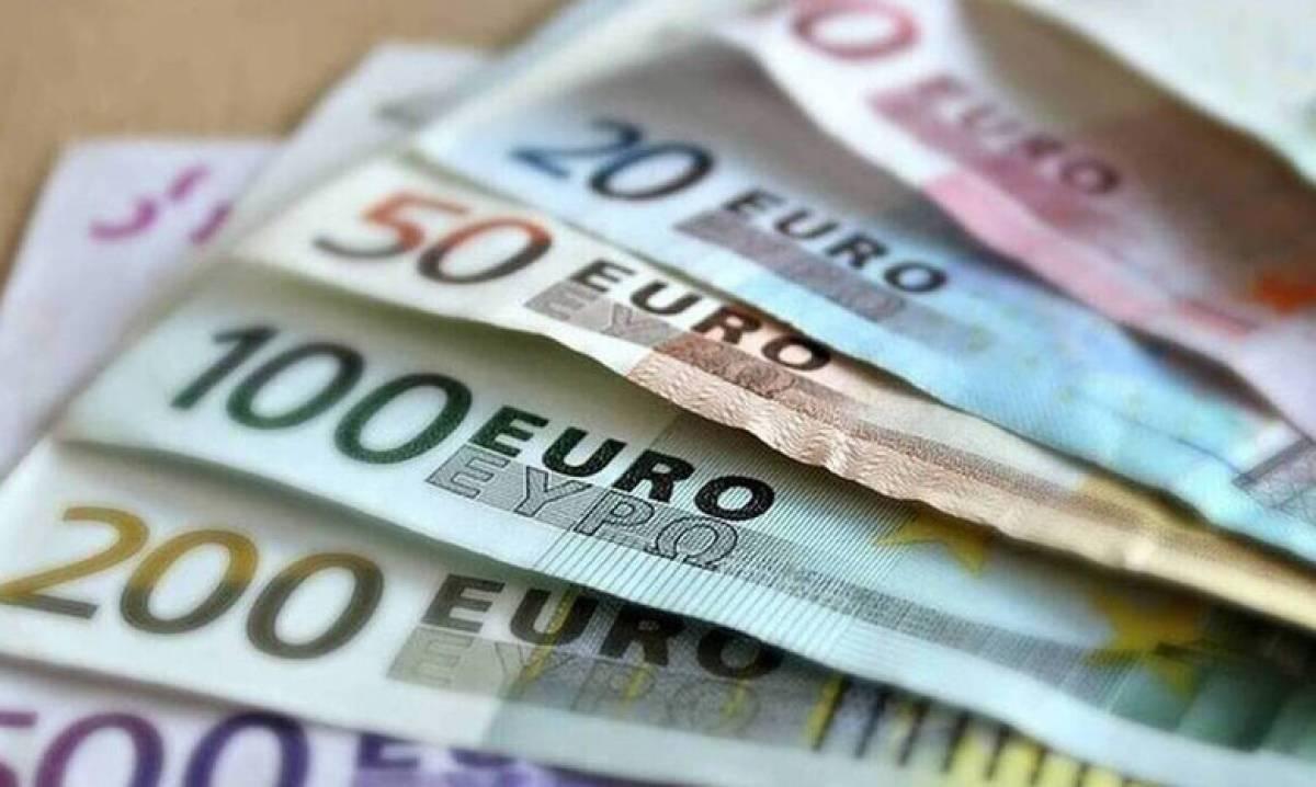 ΟΑΕΔ: Η ημερομηνία πληρωμής για το επίδομα των 400 ευρώ στους μακροχρόνια ανέργους