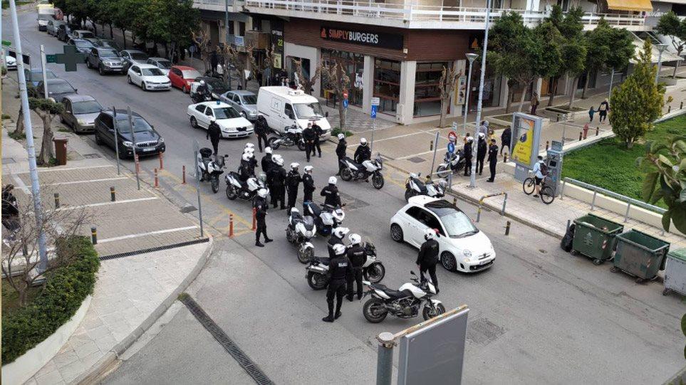 Αστυνομική Βία - Νέα Σμύρνη: Καταγγελίες για καταστολή, καταπίεση και τρομοκράτηση της κοινωνίας