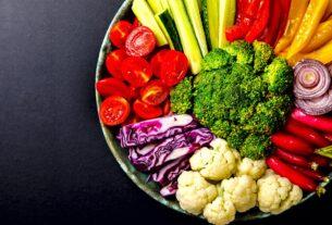 Διατροφή Οι ΔΕΚΑ κορυφαίες αλκαλικές τροφές που πρέπει να τρώμε καθημερινά