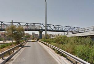 Πειραιάς: Διώξεις σε βάρος ανηλίκων που φέρονται να πετούσαν πέτρες σε οχήματα από γέφυρα
