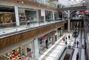 Πειραιάς: Όλα τα μέτρα για το Πάσχα – Πως θα λειτουργήσουν εμπορικά κέντρα και εστίαση