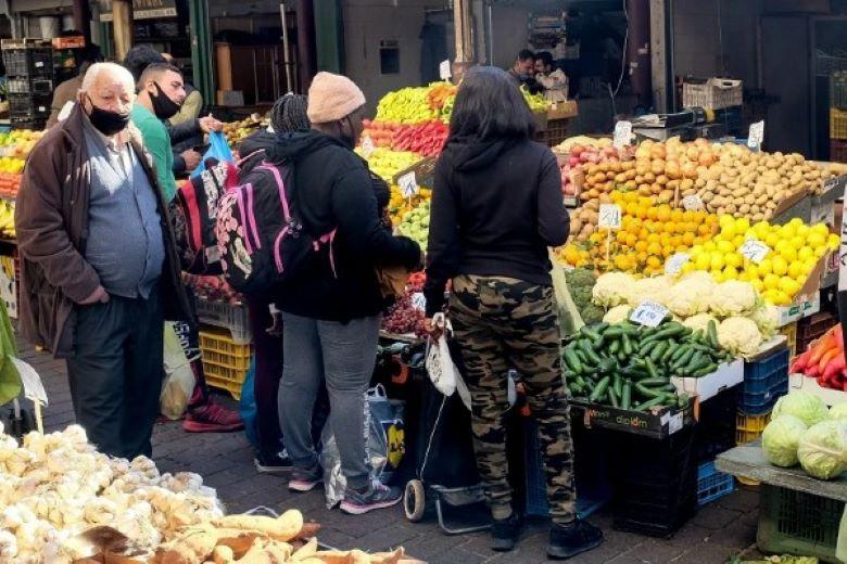 Κλειστές οι λαϊκές αγορές την Τετάρτη σε όλη τη χώρα για το νομοσχέδιο της κυβέρνησης