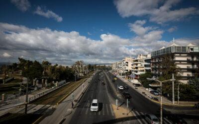 Μειώνεται το όριο ταχύτητας στα 70 χλμ. στην Βουλιαγμένης από Αλίμου έως Ποσειδώνος