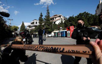 Εκτέλεση δημοσιογράφου Γιώργου Καραϊβάζ: Στο «μικροσκόπιο» της ΕΛ.ΑΣ δύο αδέσποτες σφαίρες