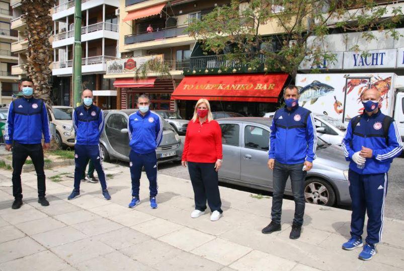 Δήμος Πειραια: Δενδροφυτεύσεις στην παραλία της Φρεαττύδας και στα παρτέρια της Ζέας