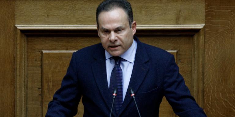 Νίκος Μανωλάκος: Ερώτηση για την ένταξη στο σχέδιο εμβολιασμού μικρών νήσων, της Αίγινας και του Δήμου Τροιζηνίας - Μεθάνων.