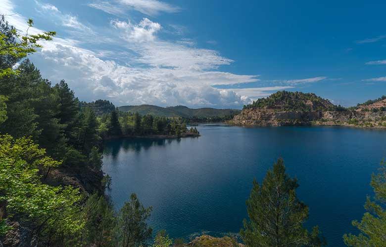 Οι μαγευτικές… αλπικές λίμνες της Εύβοιας