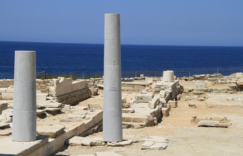 Δεσποτικό: Το νησί του Αιγαίου που δεν έχει κατοίκους αλλά μοιάζει με… υπαίθριο μουσείο