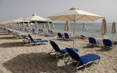 Ανοίγουν το Σάββατο οι παραλίες – Τη Δευτέρα φροντιστήρια-κέντρα ξένων γλωσσών