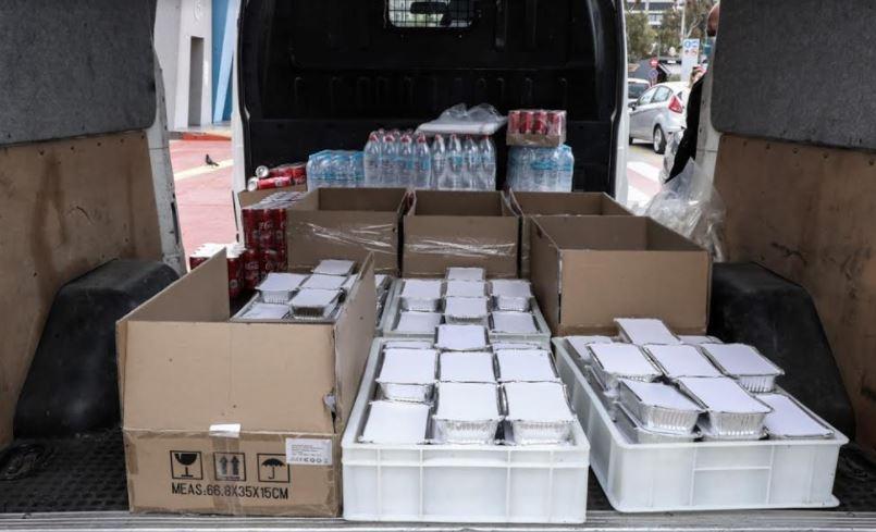 ΚΟ.Δ.Ε.Π.: Πασχαλινά γεύματα σε άστεγους και μοναχικούς συνανθρώπους μας στο λιμάνι