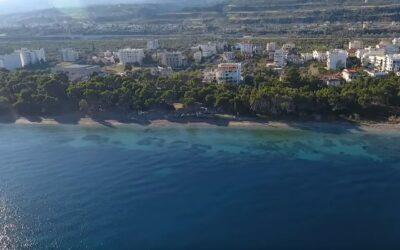 Πευκιάς: Η εξωτική παραλία δίπλα στην Αθήνα που ενέπνευσε τον Άγγελο Σικελιανό-video