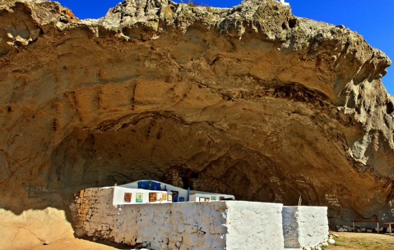 Λήμνος: Η ελληνική εκκλησία χωρίς σκεπή που ξεχωρίζει σε ολόκληρο τον κόσμο