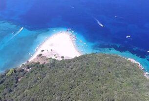 Μαραθονήσι: Το εξωτικό ελληνικό νησί που μοιάζει με χελώνα