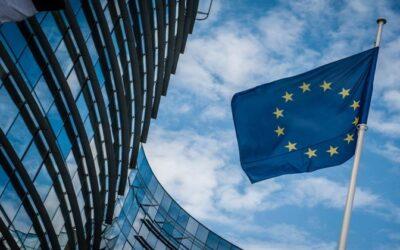Απίστευτο! Οι Βρυξέλλες ζητάνε μειώσεις συντάξεων 21,9% και αύξηση εργασιακού βίου κατά 6,6 χρόνια