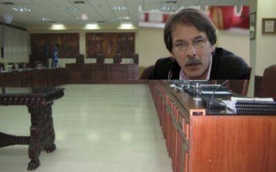 """Κερατσίνι-Δραπετσώνα: Στα """"Κάγκελα"""" εργαζόμενοι και αντιπολίτευση εναντίον του Χρήστου Βρεττάκου!"""