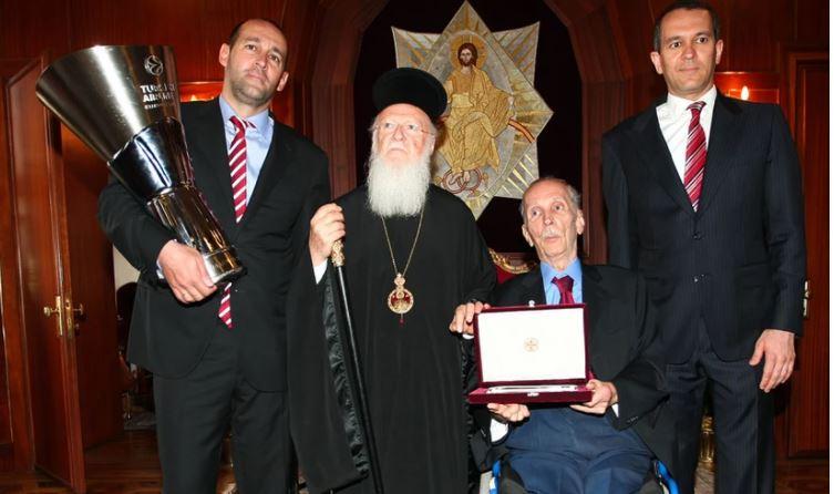 Κωνσταντίνος Αγγελόπουλος: Ο εφοπλιστής και ιδιοκτήτης της Χαλυβουργικής που έδινε μάχη με σπάνια ασθένεια