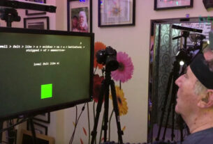 Δείτε το πρώτο σύστημα τεχνητής νοημοσύνης με το φανταστικό χέρι ενός παράλυτου-video