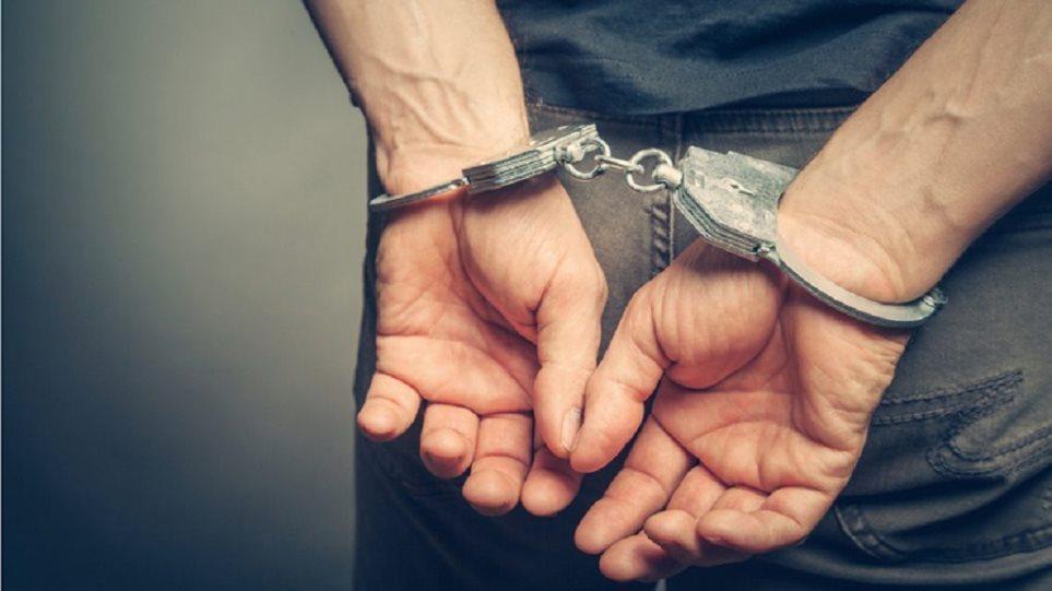 Ποιος είναι ο Έλληνας Πορνοστάρ που συνελήφθη για εμπορία κοκαΐνης και χαπιών