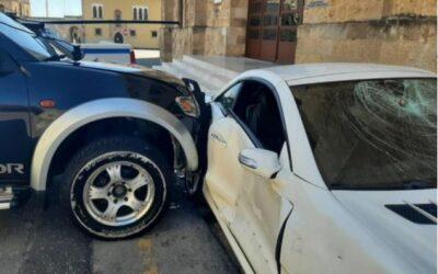 Ρόδος: Υπαστυνόμος κατέστρεψε με βαριοπούλα το αυτοκίνητο του Αστυνομικού Διευθυντή