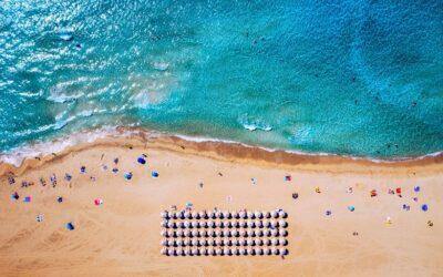 Φαλάσαρνα: Η εκπληκτικής ομορφιάς παραλία που κάποτε ήταν αρχαίο λιμάνι