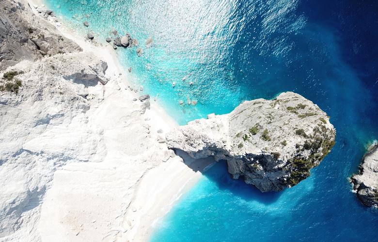 Μυζήθρες: Η ελληνική παραλία με το παράξενο όνομα