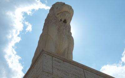 Λιοντάρι του Πειραιά: Οι μύθοι και οι θρύλοι που το συνοδεύουν