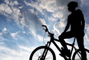 Πειραιάς: Ποδηλατοβόλτα δίπλα στη θάλασσα για την Παγκόσμια Ημέρα Ποδηλάτου