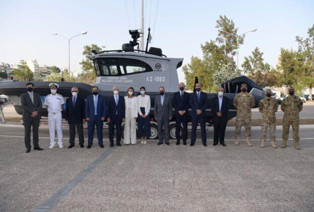 Εντάχθηκαν στον στόλο του Λιμενικού Σώματος τα τέσσερα τελευταία υπερσύγχρονα ταχύπλοα περιπολικά σκάφη, χορηγία της ΣΥΝ-ΕΝΩΣΙΣ