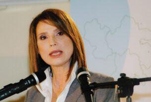 ΚΙΝΑΛ: Υποψήφια περιφερειάρχης & πρώην υπουργός πάει ΣΥΡΙΖΑ με προτροπή ΓΑΠ