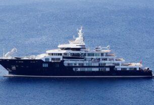 Καλοκαίρι 2021: Γέμισαν με superyachts πλουσίων οι ελληνικές θάλασσες