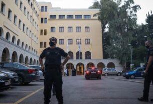 Μονή Πετράκη: Ιερέας υπό καθαίρεση έριξε βιτριόλι σε έξι Μητροπολίτες!