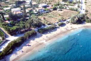 Αττική: Οι παραλίες που είναι πάντα… «λάδι»