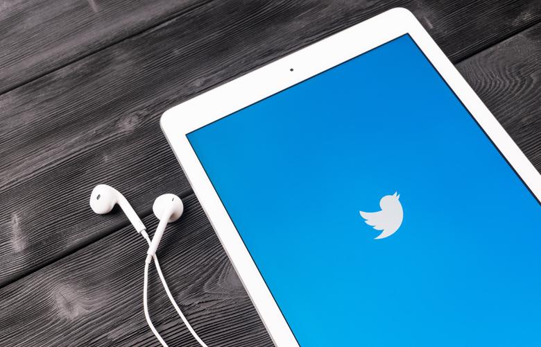 Twitter Blue: Η νέα υπηρεσία που «ξεγράφει» tweets σε 30 δευτερόλεπτα