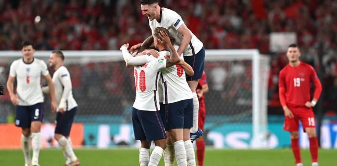 Αγγλία - Δανία 2-1 στην παράταση: Παρθενικός τελικός σε Euro για την Αγγλία