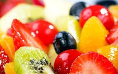 Καύσωνας και διατροφή: Τι να προτιμήσετε και τι να αποφύγετε