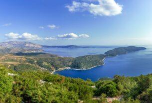 """5 ελληνικά νησιά για """"ψαγμένες"""" καλοκαιρινές διακοπές"""