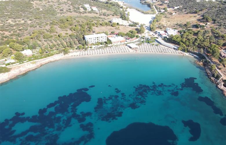 Αυλάκι :Η παραλία της Αττικής που θα κάνεις το καλύτερο μπάνιο (video)